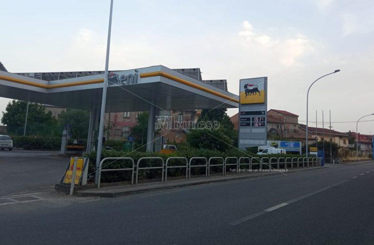 Rapina a mano armata a Mileto ad un distributore di carburanti