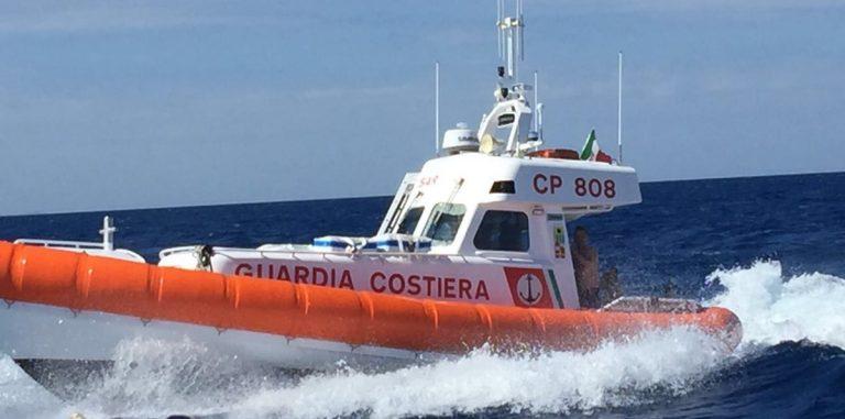 Tropea: dodicenne si infortuna, salvato dalla Guardia Costiera