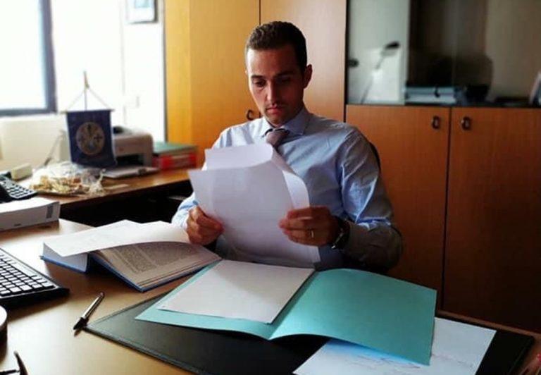 Regione, Luigi Tassone: «Troppo caldo, fermare il lavoro dalle ore 12 alle 16»