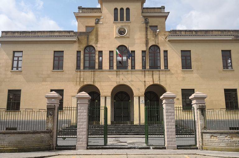 Lavori Don Bosco-Garibaldi Vibo, la replica del Comune al Comitato dei genitori