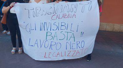 Protesta tirocinanti della Regione Calabria, sit-in anche a Mileto