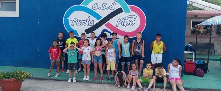 """Penta Vibo Nuoto, concluso con successo il """"Summer Camp for Kids"""" 2021"""