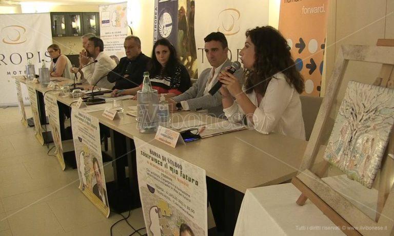 Tropea, al via la terza edizione della borsa di studio Mamone – Video