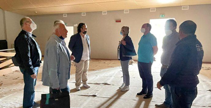 Nuovo teatro Vibo, dal Comune ultimatum alla ditta. Mentre il Pd chiede lumi e rilancia il Valentini