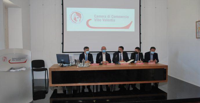 Il vice ministro Morelli alla Camera di Commercio prende impegni sul porto di Vibo