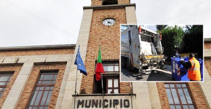 Comune di Vibo e gestione rifiuti, stangata Tari: aumento vertiginoso delle aliquote