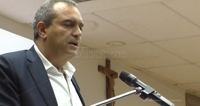 De Magistris a Tropea: «Bruni? Se fosse candidatura civica sarebbe con noi»