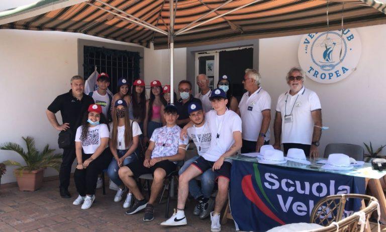 Vela day a Tropea, lezioni e visite guidate per gli studenti della città -Video