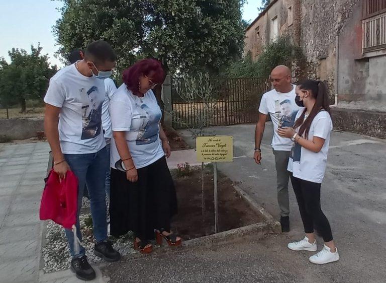 Filandari, a Scaliti l'associazione Libera ricorda Francesco Vangeli