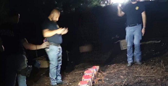 Zambrone, accende i fuochi d'artificio ma senza autorizzazione: festa sospesa
