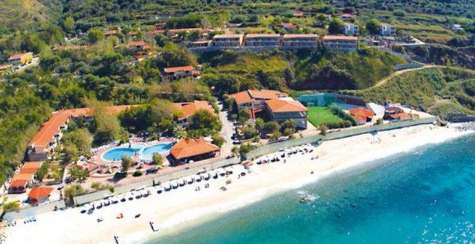 Cade la confisca dei beni dei Comerci, dissequestrato pure il Baia Tropea Resort