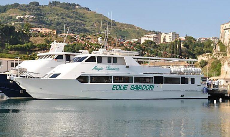 Dal porto di Vibo Marina riattivati i collegamenti in motonave con le Eolie