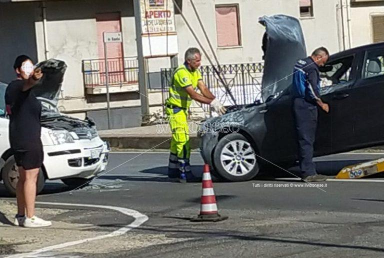 Incidente stradale a Satriano, ferite due persone di Serra San Bruno