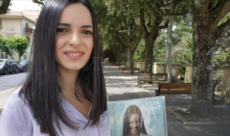 """""""Libera"""", l'album d'esordio della cantante vibonese Letizia Pagano spopola sul web – Video"""
