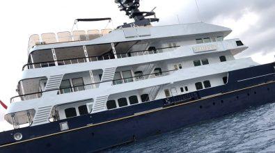 Vibo Marina, in porto il megayacht Force Blue dell'ex patron della F1 Ecclestone
