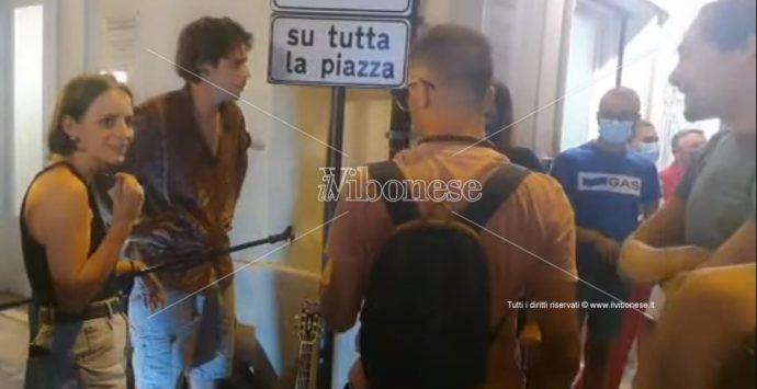 Musicisti allontanati da Tropea, L'Andolina al sindaco: «Diventati il borgo più ridicolo d'Italia»