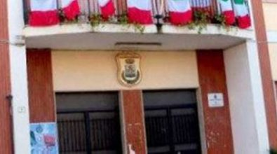Parghelia, Comune: da Vasinton duro attacco al sindaco Landro