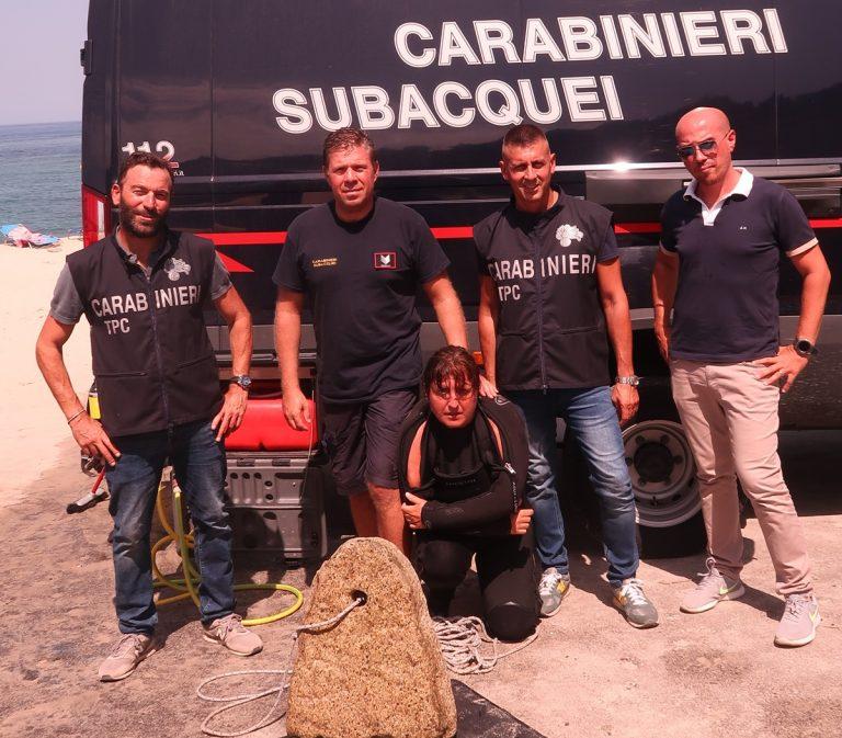 Ricadi, a Formicoli carabinieri subacquei recuperano un antico manufatto