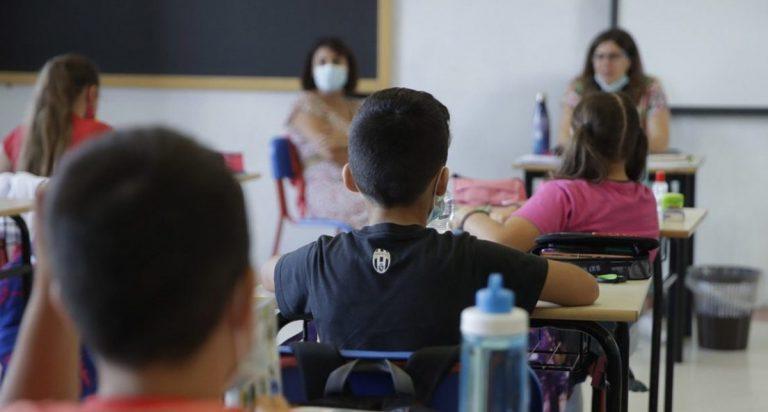 «Non c'è la scuola di centrodestra o di centrosinistra: c'è la scuola italiana»