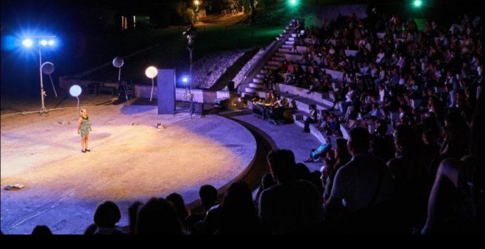 """Ricadi, numeri da record per la V edizione di """"Avvistamenti teatrali"""": 1500 ospiti in 7 eventi -VIDEO"""