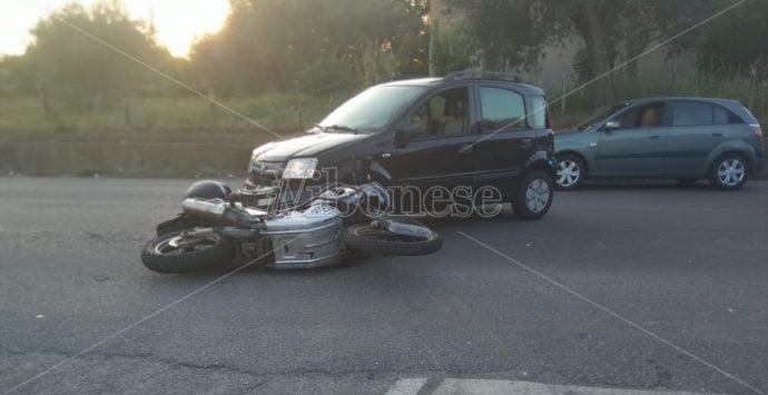 Incidente tra Vibo e Vena, un ferito nello scontro tra moto e auto