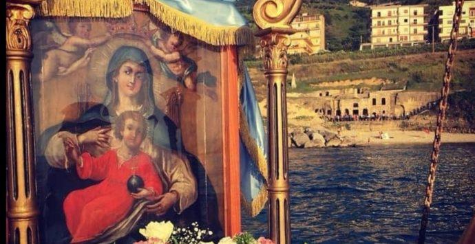 Quadro Madonna di Piedigrotta, il Comune alla chiesa di San Francesco: «Torni alla comunità»