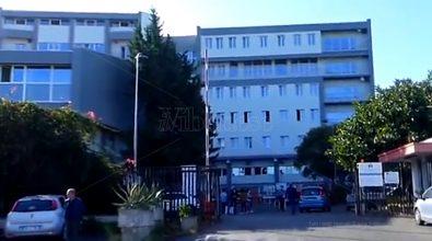 Ospedale Tropea, prenota una visita ma non trova nessuno: «Torni la prossima settimana»