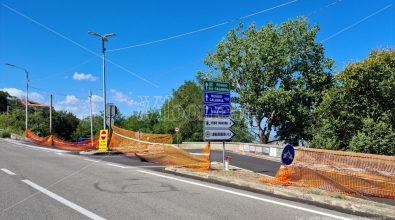 Vibo, cede ancora il manto stradale: chiuso di nuovo l'accesso a Longobardi