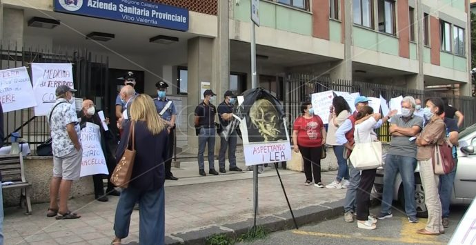 Sanità, Muzzopappa (Lega) al fianco dei cittadini di Nicotera: «Giuste le loro richieste»