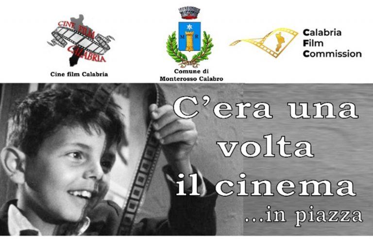 """""""C'era una volta il cinema"""", nel Vibonese torna la magia del grande schermo in piazza"""