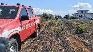 Cessaniti, vigili del fuoco intervengono per un incendio e salvano 93enne