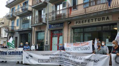 «Ridotti in miseria»: i contadini di Maierato tornano a protestare davanti alla Prefettura -Video
