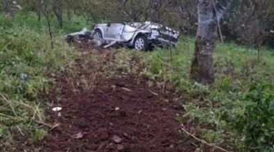 Incidente a Palmi, auto precipita in un burrone: morto il conducente